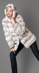 Куртка с капюшоном из меха кролика-рекса